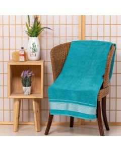 Toalha De Banho Leah 67cm x 1,35m Karsten - Verde Esmeralda