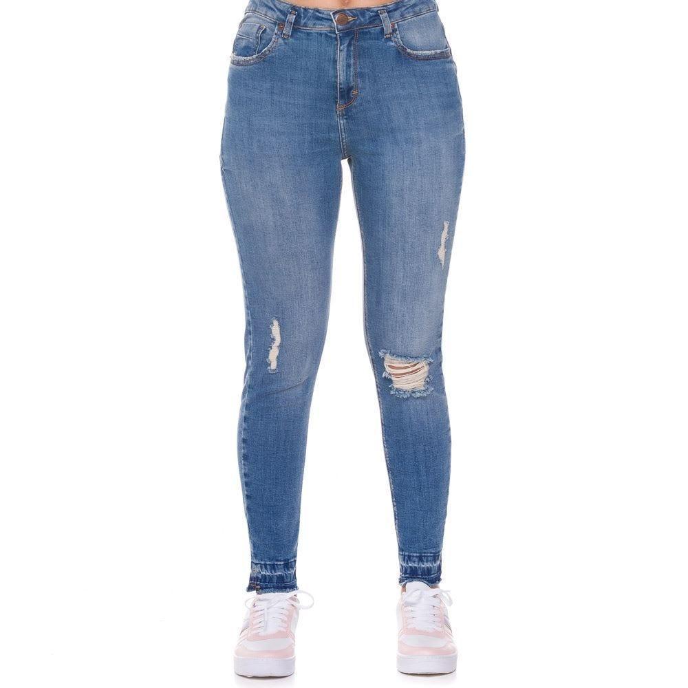 Calça Jeans com Puídos Cigarrete Patricia Foster