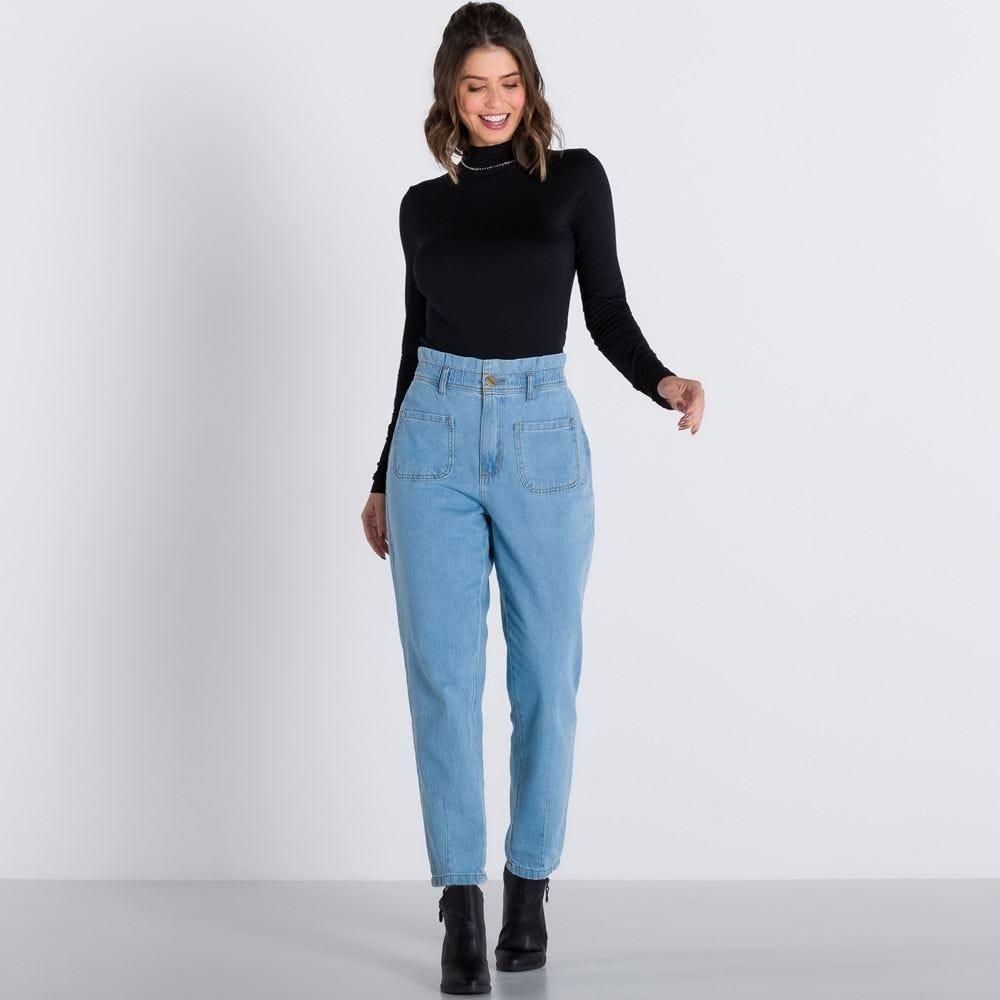 Calça Jeans Mom com Bolsos Diferenciados Boby Blues