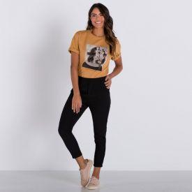 T-Shirt com Estampa Mulher Patricia Foster Bege Sepia